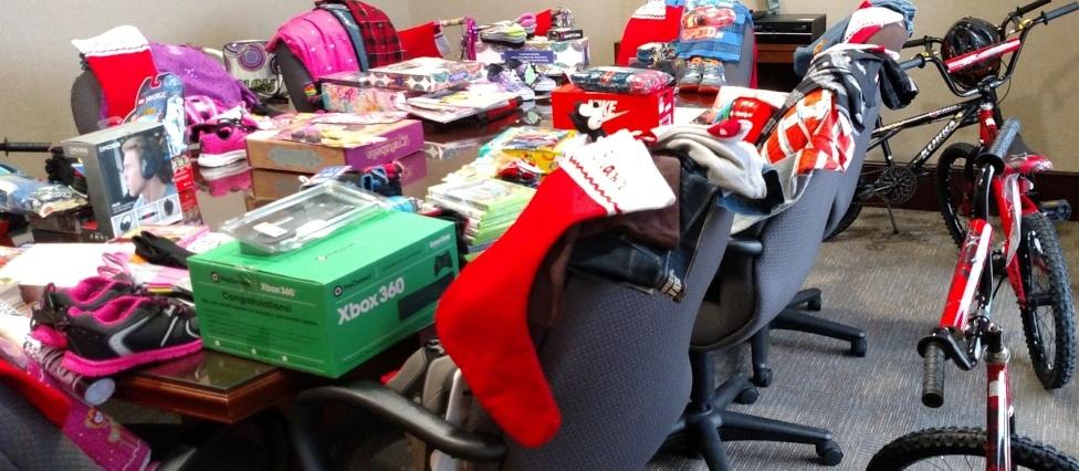 Lockhart Elementary Christmas Holiday Gifts